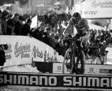 Sven Nys bunnyhops the planks in Tabor Part 7 ? Joe Sales