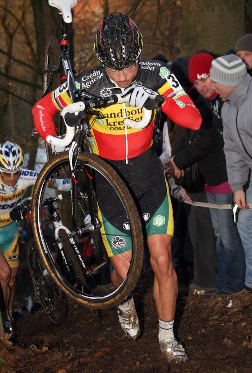 Nys found himself shouldering the bike more as the race went on. ? Bart Hazen