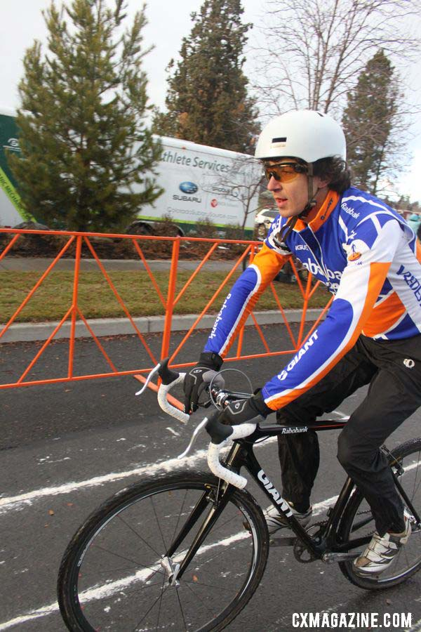 Adam Craig rolls up for his call-up. © Cyclocross Magazine