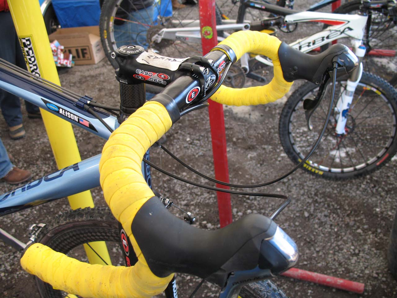Dunlap forgoes carbon in the cockpit, opting for Easton aluminum parts. ? Cyclocross Magazine