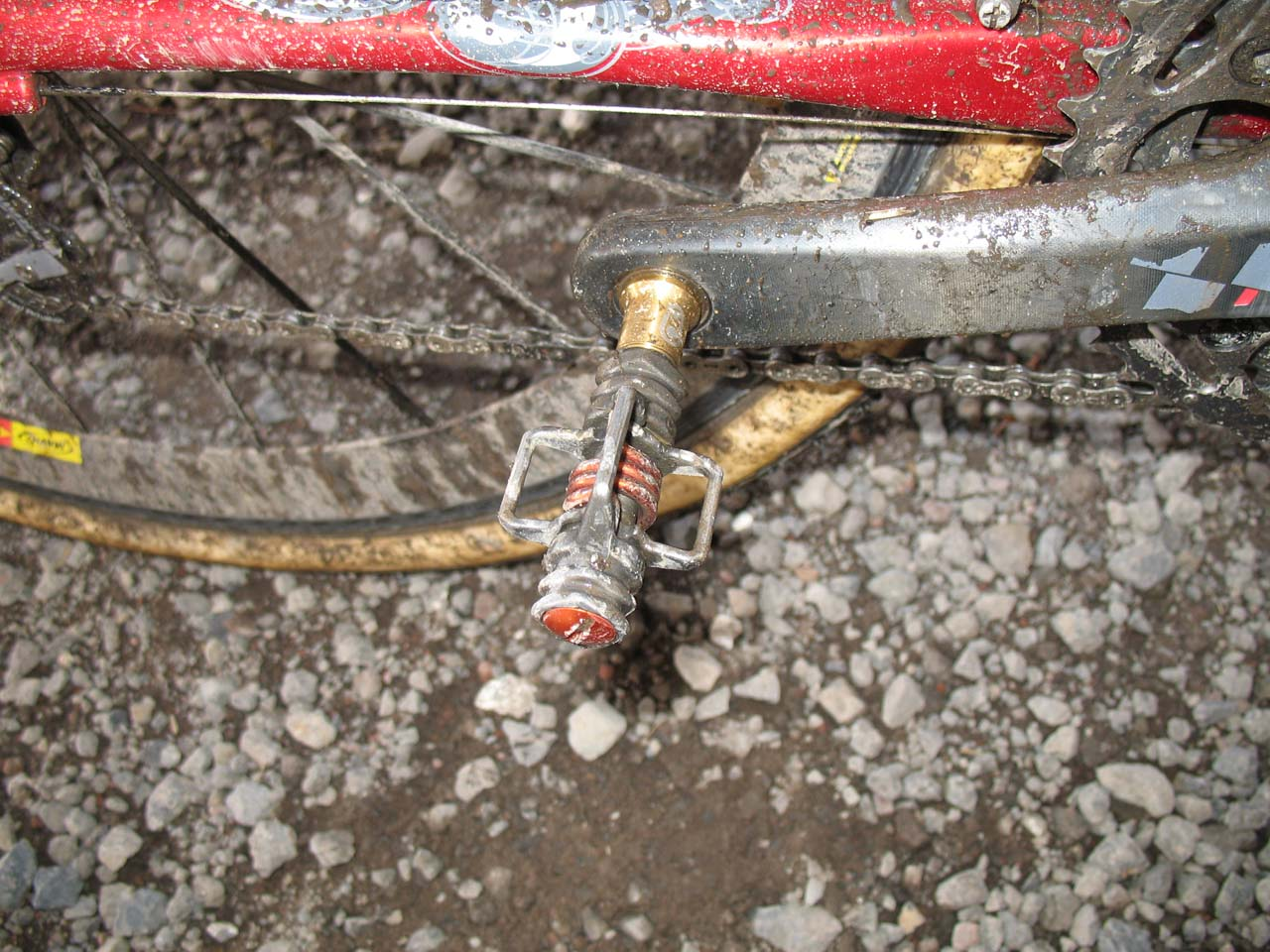 Wells is attached to his ride via Crank Brothers Egg Beaters. ? Cyclocross Magazine