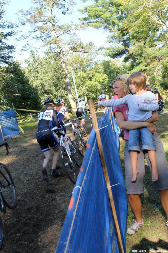 Spectators look on at the men\'s field. © Cyclocross Magazine