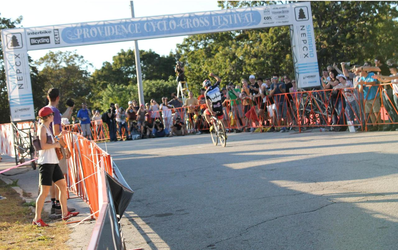 Lindine crosses the finish line in first. © Cyclocross Magazine