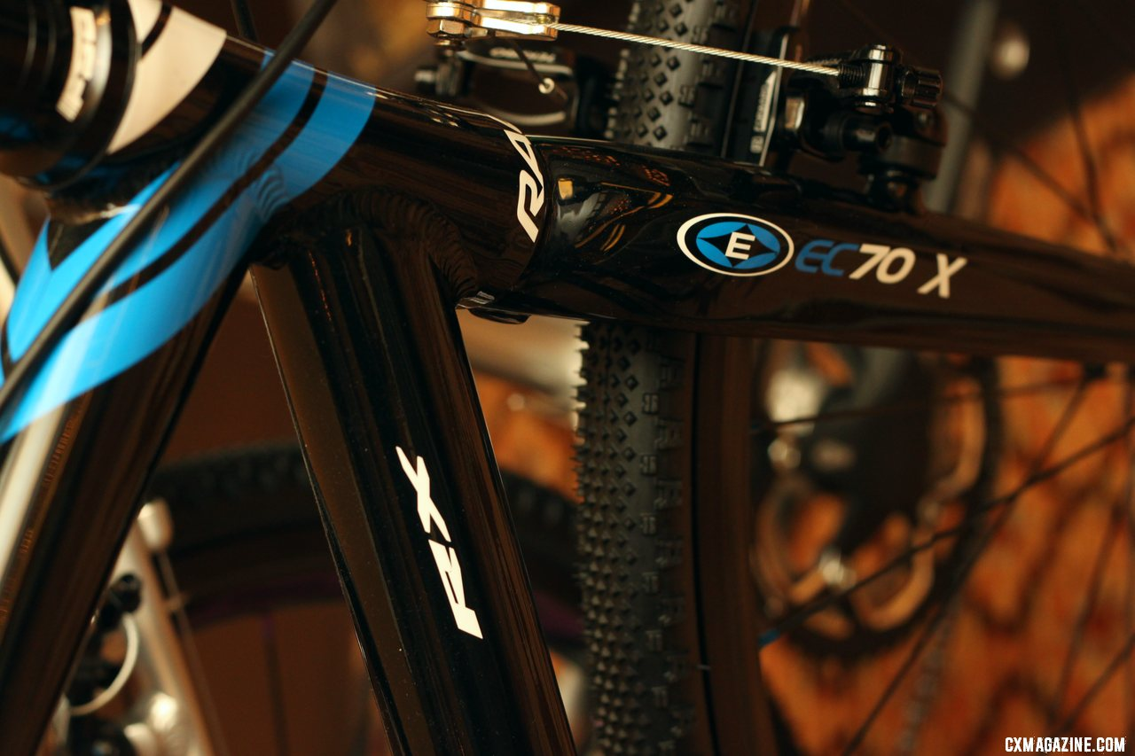 The 2012 Raleigh RX brings a more-affordable entry-level cyclocross bike to the line-up. © Cyclocross Magazine