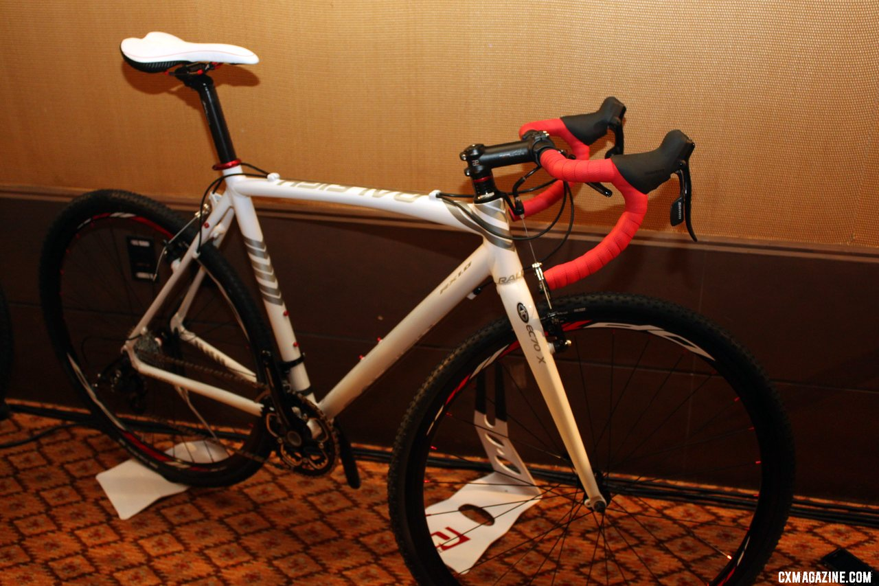 The Raleigh RX1-W cyclocross bike for women. © Cyclocross Magazine
