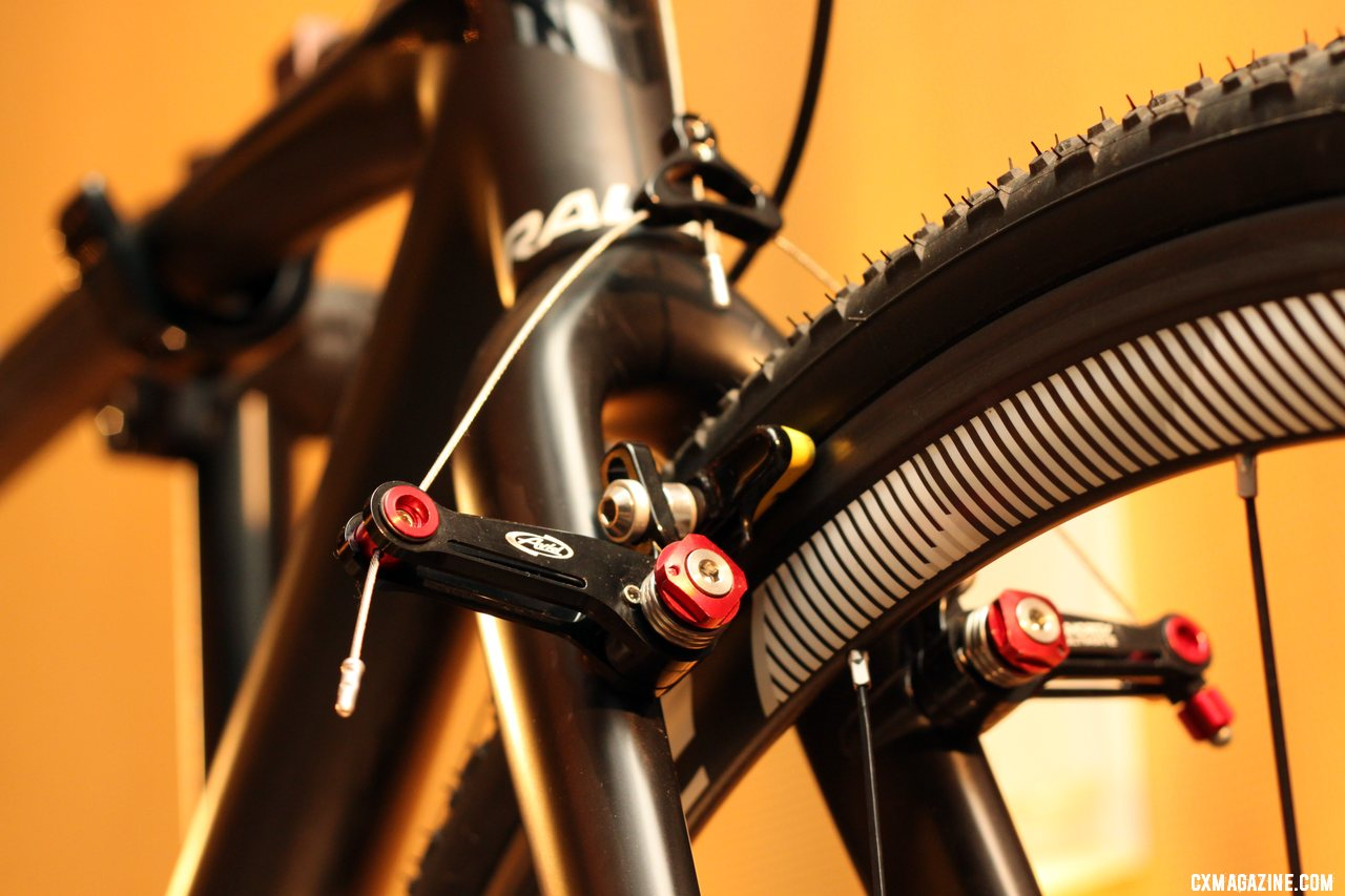 We\'re seeing a lot of race bikes come with the Avid Shorty Ultimate cyclocross cantilever brakes. © Cyclocross Magazine