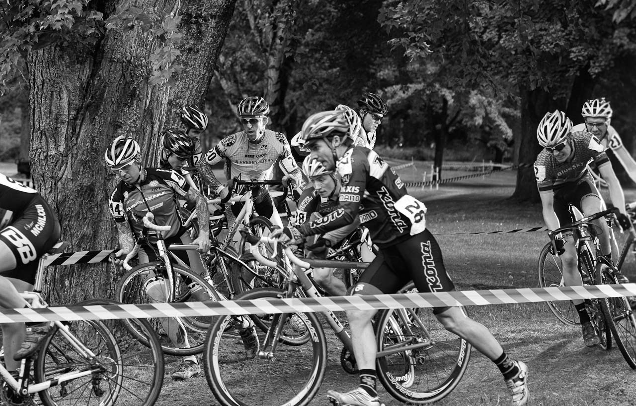 Rapha Focus GP: Traffic jam early in the race. © Doug Brons