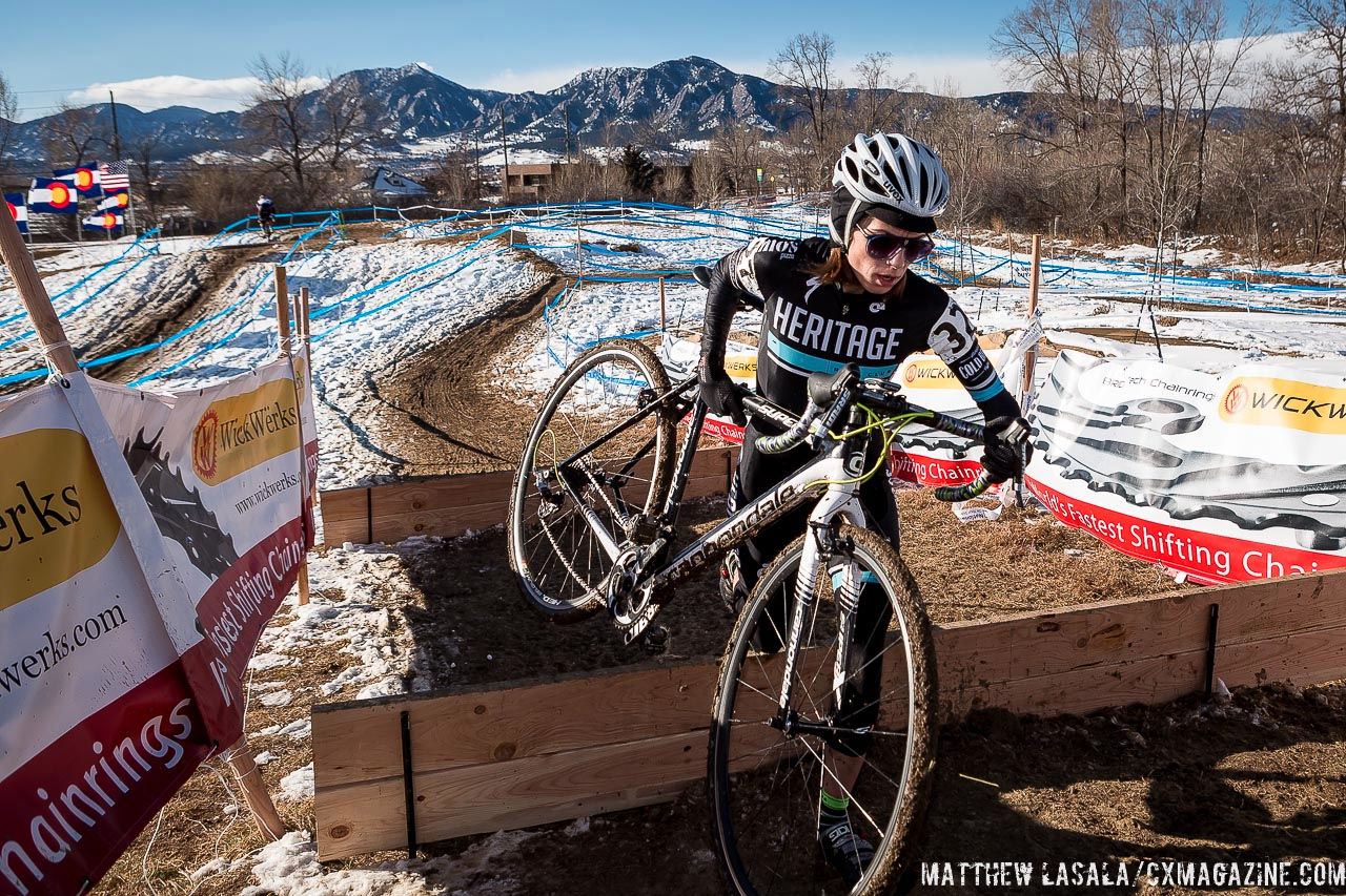 Lindsay Knight in the women\'s 30-34 race at USA Cycling National Championships of Cyclocross. © Matt Lasala