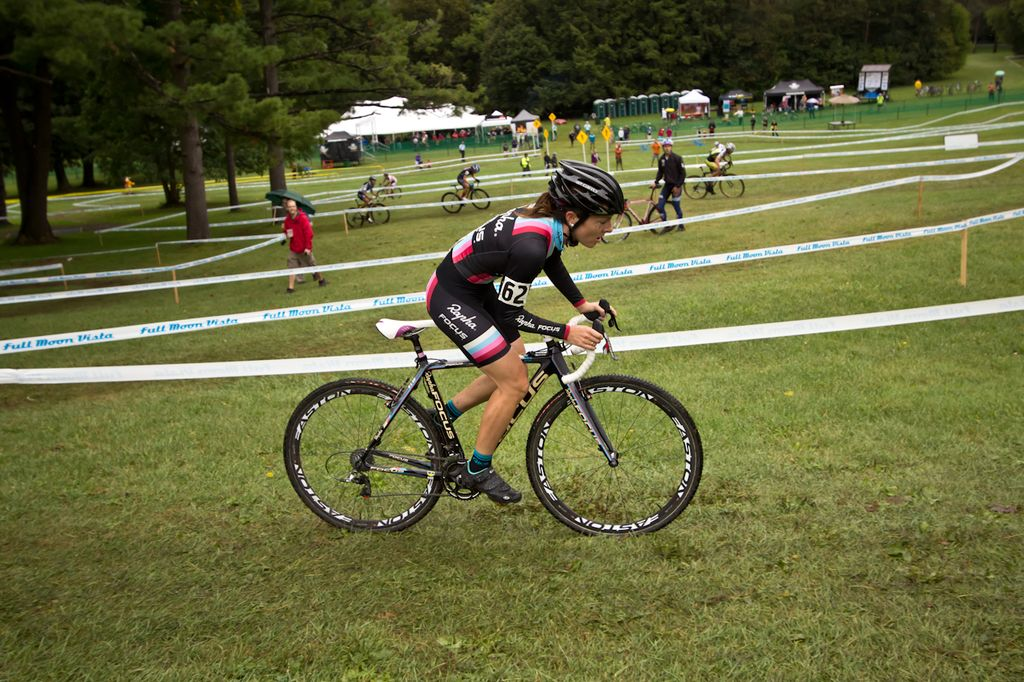Rochester NY\'s Rohrbach's Ellison Park UCI Cyclocross Race, Day 1. © Brian Boucheron