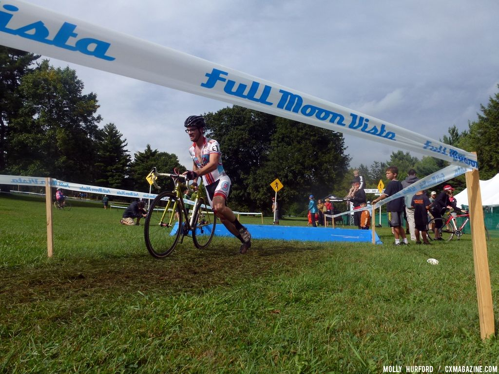 vRochester Elite Men Day 1. © Cyclocross Magazine