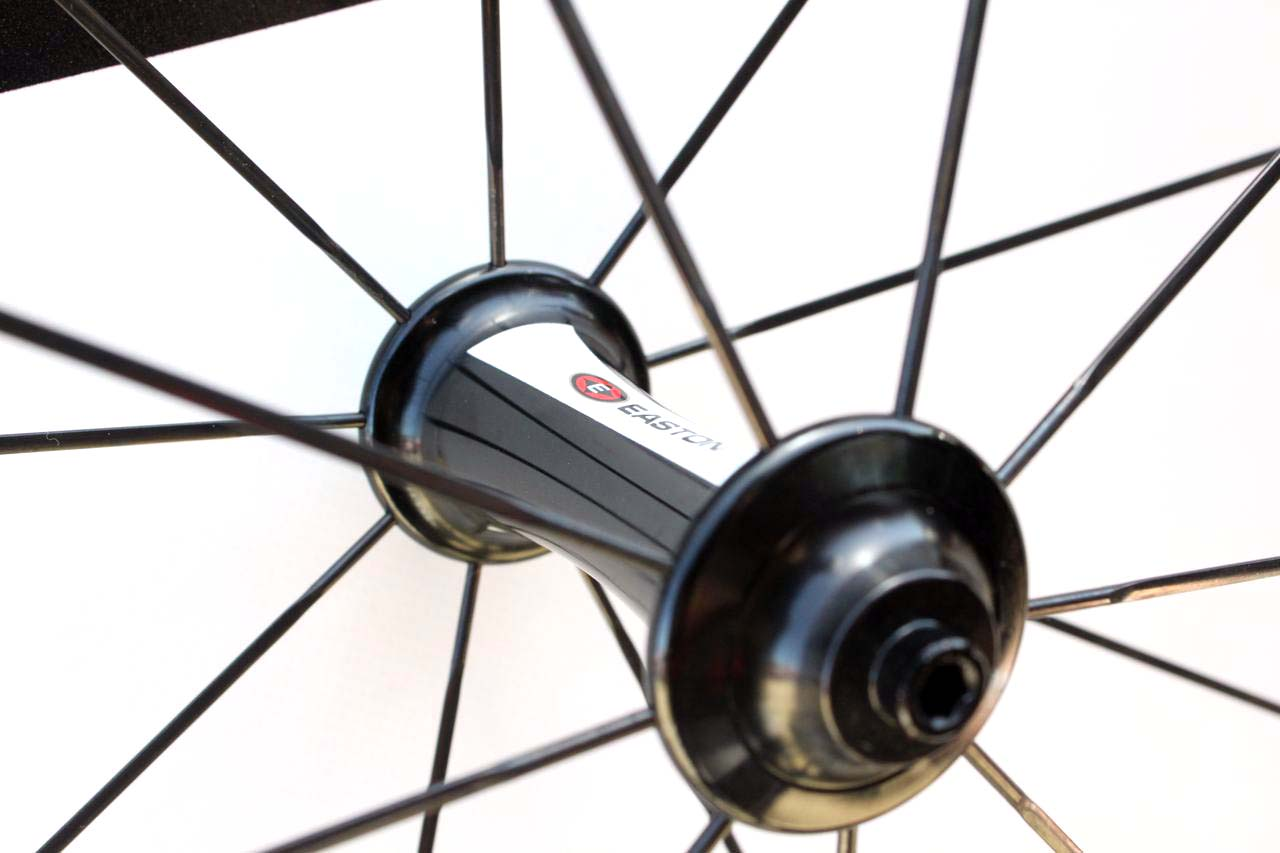 The EC90SL clincher wheelset\'s R4 hubs are the same ones featured on the tubular wheels and offer ceramic bearings. ? Cyclocross Magazine