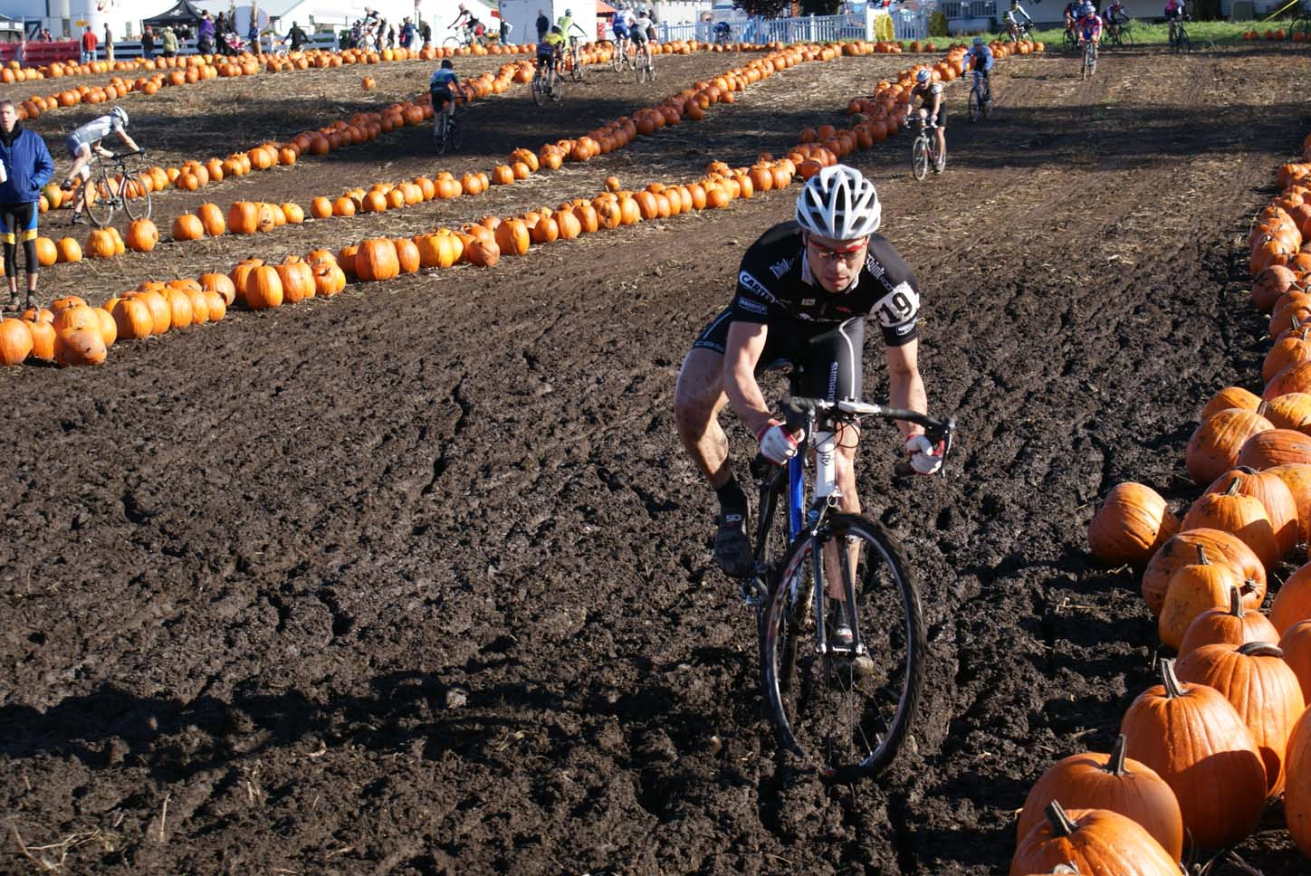 Seattle Cyclocross #5, Maris Farm, November 1, 2009.