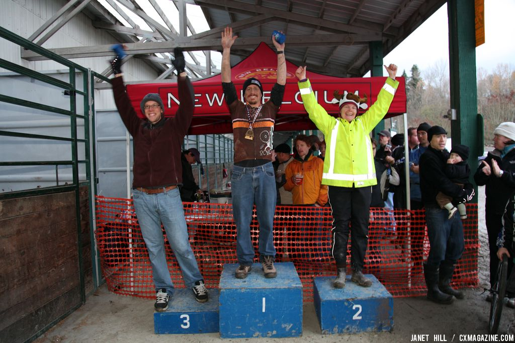 Seattle Cyclocross series finale. © Janet Hill