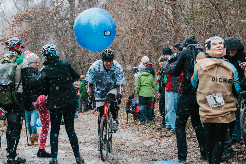 Watch out for the yoga balls! SSCXWC 2013. ©  Dominic Mercier