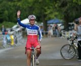 Caroline Mani waves as she finishes a strong ride. © Kenton Berg