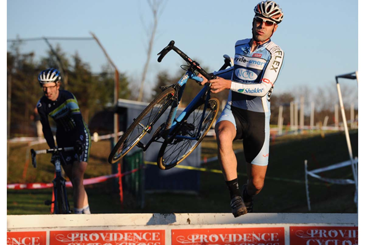 Alec Donahue tackles the barriers in Sterling.? Natalia McKittrick, Pedal Power Photography, 2009