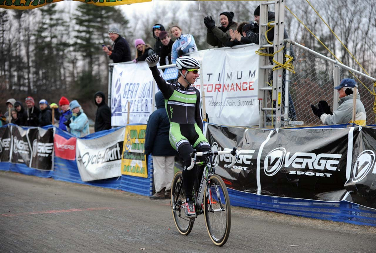 Jeremy Powers takes the win ©Natalia Boltukhova | Pedal Power Photography | 2010