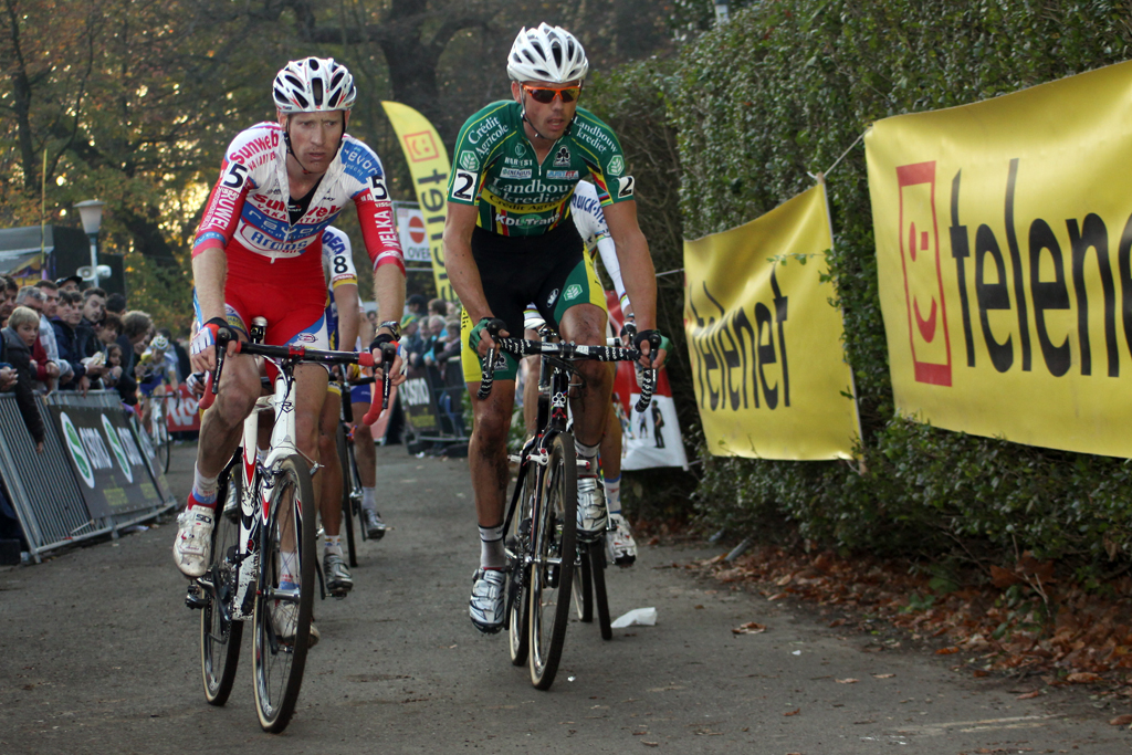 Nys and Vantornout lead the chase behind Pauwels. ©Bart Hazen