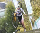 Nikki Harris on the run-up. ©  Bart Hazen / Cyclocross Magazine
