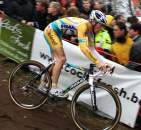 Kevin Pauwels descending ?Dan Seaton