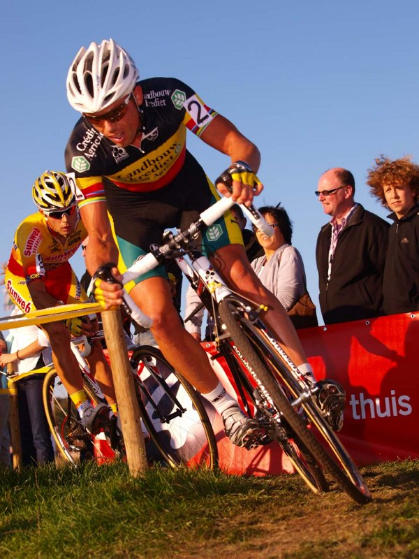 Nys fought back from a late mechanical to make the podium. © Jonas Bruffaerts