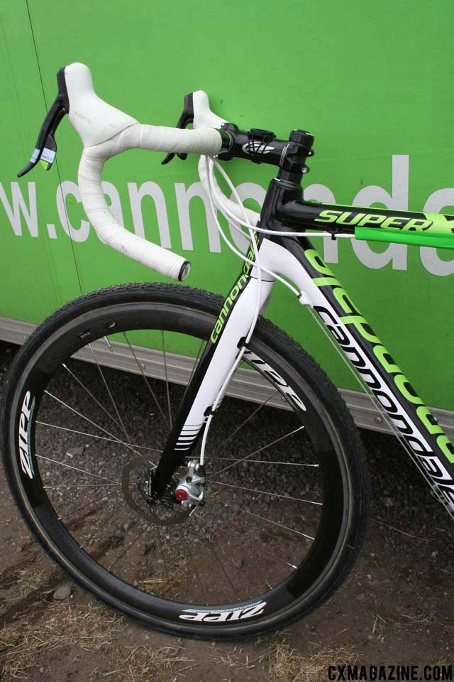 The front end of Johnson\'s disc-equipped Super X prototype. ©Cyclocross Magazine