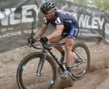 Laura Van Gilder uses her handling skills to power through the sand pit © Amy Dykema