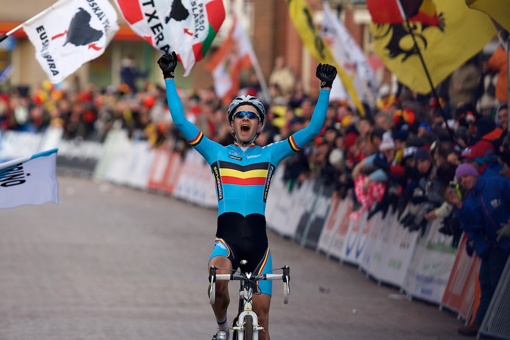 Niels Albert (Belgium) celebrates his victory in the Elite mens\'s race at the 2009 UCI Cyclocross World Championships.