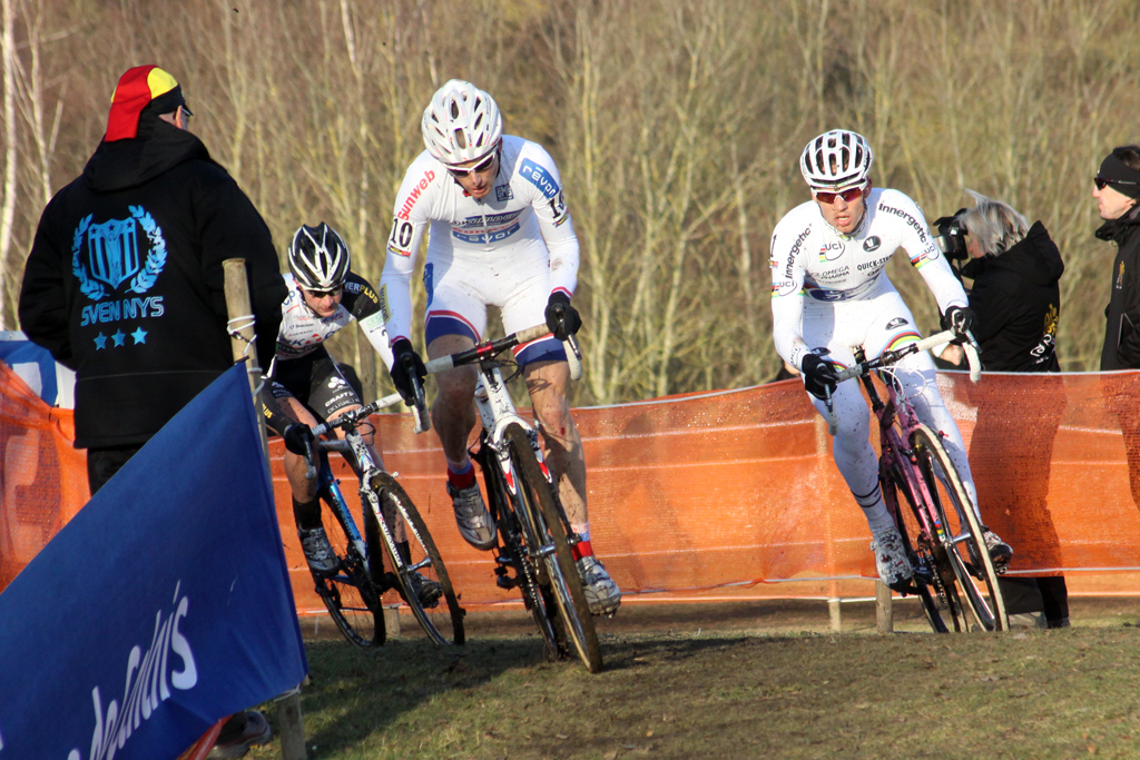 Kevin Pauwels leads Stybar and Simunek. ©Bart Hazen