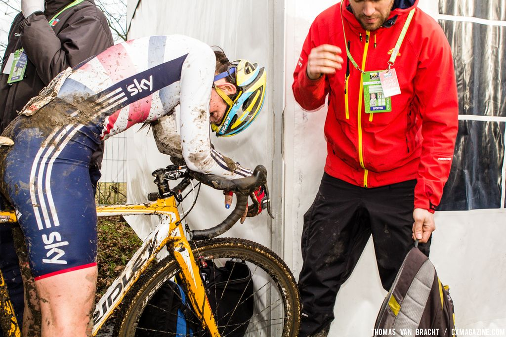 The Great Britain rider finishes and tries to recover at 2014 World Championships. © Thomas Van Bracht