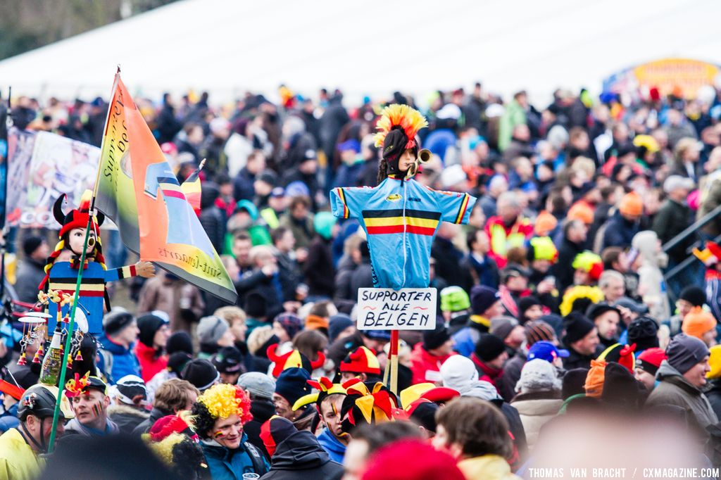 The crowds at 2014 World Championships. © Thomas Van Bracht