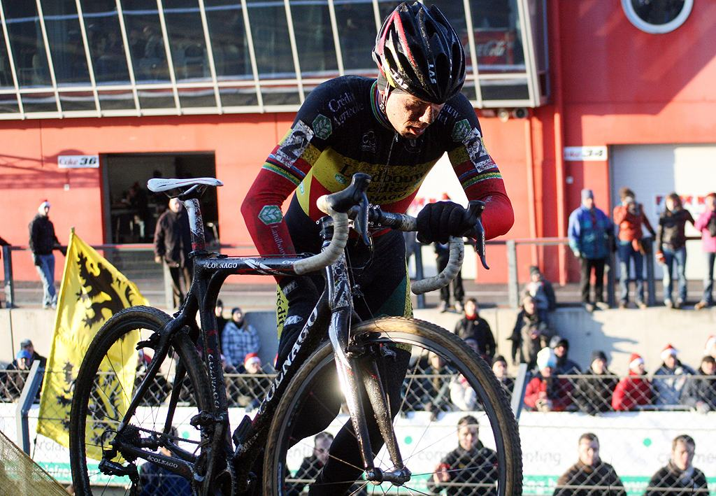 Nys would come back with fury after his crash. 2009 Zolder Cyclocross World Cup. ? Bart Hazen