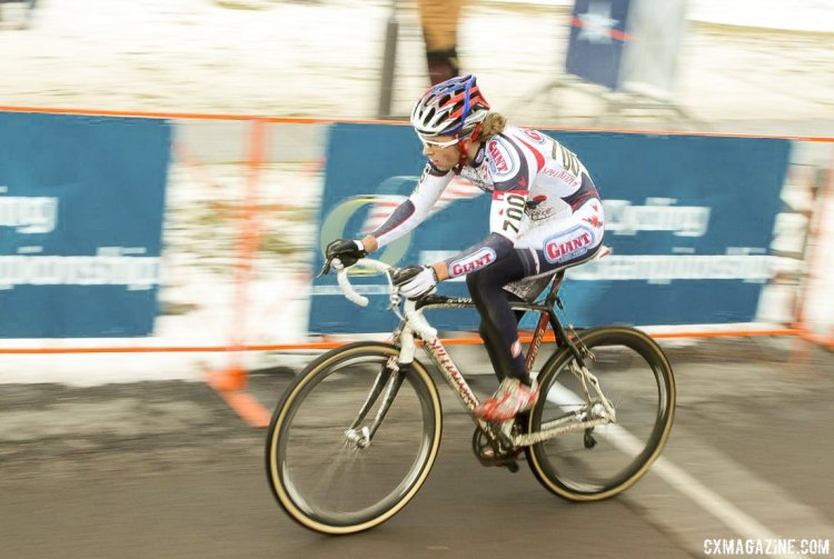 Cody Kaiser in control to win the 2009 Junior Cyclocross National Championship. © Cyclocross Magazine
