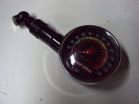 Planet Bike's portable gauge offering makes for a nice stocking stuffer © Dave Drumm