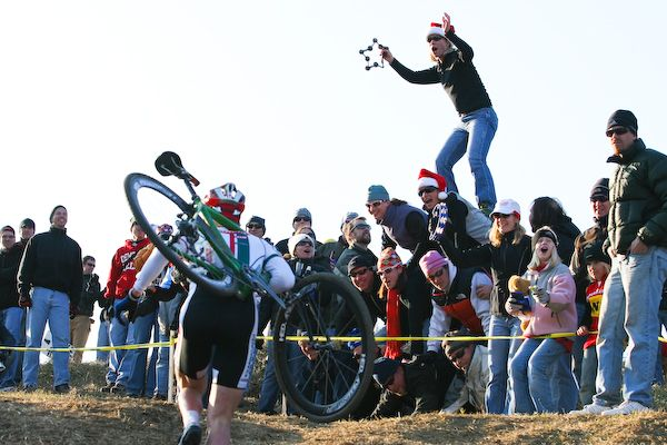 Crowds have tripled in size since the 2006 Jingle Cross. photo: courtesy