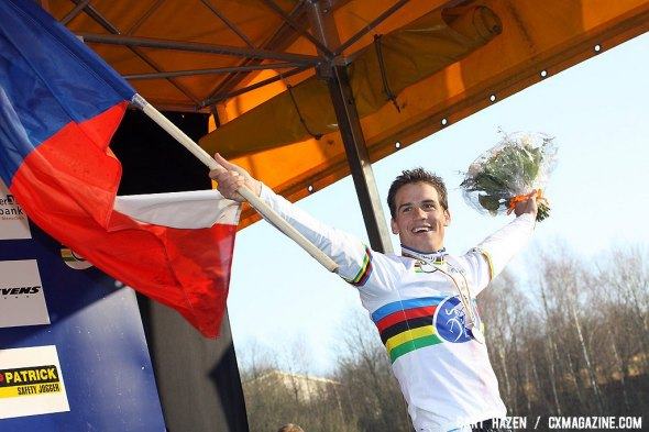 Stybar takes his second world title in a row.