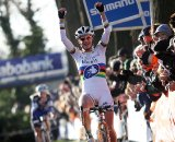 Marianne Vos takes her first national cyclocross title on the Dugast Pipestrello-Rhino. © Bart Hazen