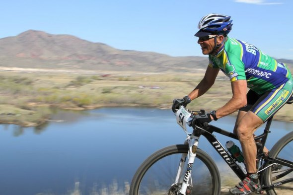 Lee Waldman temporarily trades in his cyclocross bike for a spin on his mountain bike. © Lee Waldman
