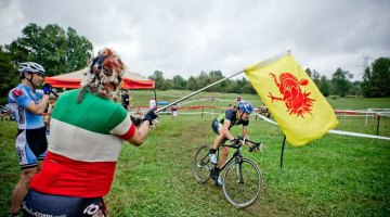 The Tacchino CX's namesake turkey mascot was in evidence throughout the day, handing out primes and other encouragement. Jay Westcott