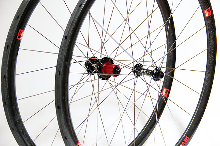 Cyclocross Wheel Review: Revolution Wheelworks Rev-33X Carbon ...