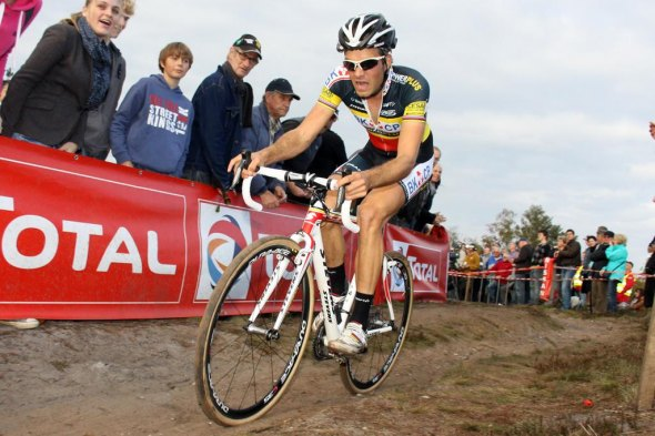Niels Albert stormed to win the first Superprestige cyclocross race of the season. © Bart Hazen