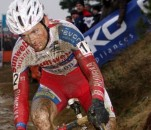 Kevin Pauwels on track to win the 2011 Zolder World Cup. ©Bart Hazen