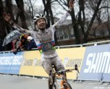 Marianne Vos takes the win at Namur World Cup 2011. © Bart Hazen