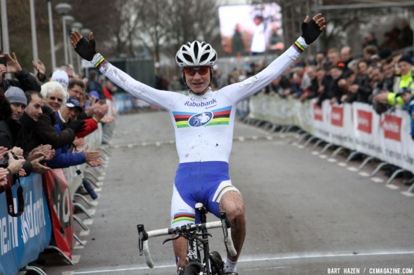Marianne Vos wins the first international cyclo cross in Rucphen. Bart Hazen