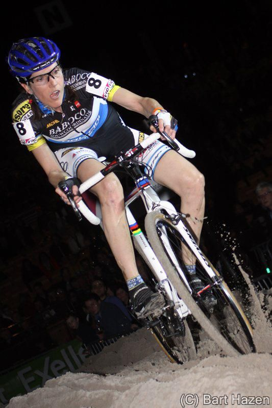 Indoor cyclocross racing. Bart Hazen