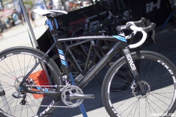 The new 2013 Raleigh RXC Pro Disc cyclocross bike, with Ultegra Di2 and CX75 mechanical disc brakes. Sea Otter 2012. ©Cyclocross Magazine