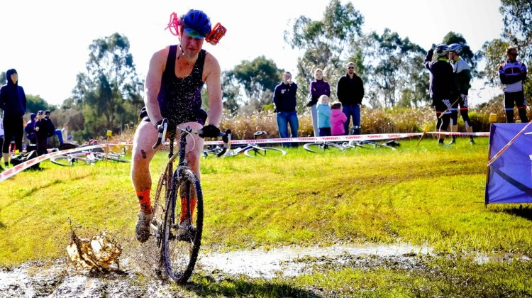 The true spirit of Australian cyclocross. Marissa Farrell