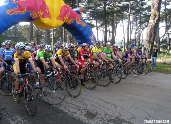 The Bay Area Super Prestige race has returned to Golden Gate Park year after year. This is the 2004 Elite Men's start. ©Andrew Yee