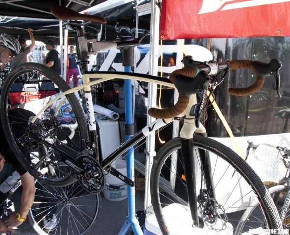 The Volagi Viaje looks to attract riders who want more than a race-day rig from their bike. © Cyclocross Magazine