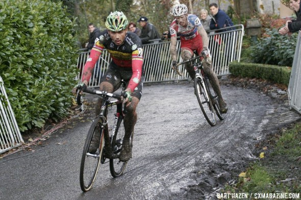 Sven Nys and Klaas Vantornout fought to the end  © Bart Hazen